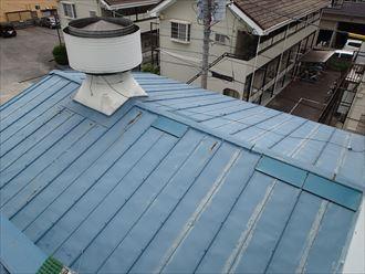 足立区の工場屋根葺き替え工事施工前BEFOR