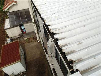 江戸川区 折板屋根の屋根先