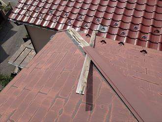 葛飾区 棟板金の破損