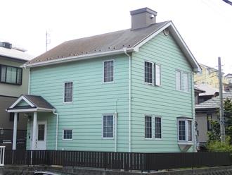 豊島区 屋根リフォーム前点検 煙突が付いたお住まい