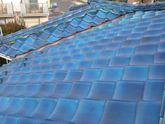 豊島区 屋根には瓦が使われています
