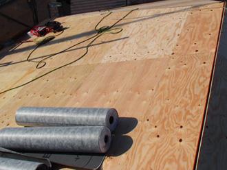 東京都北区 屋根葺き替え工事 野地板設置