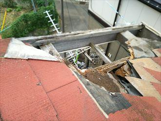 足立区 屋根の破損
