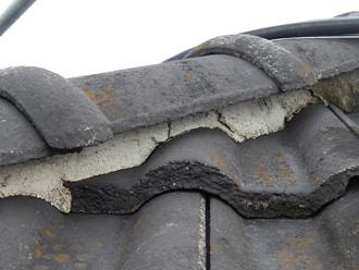 目黒区 モニエル瓦の屋根の点検 漆喰が傷んできている