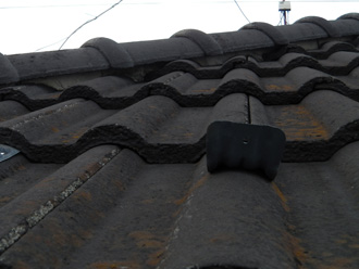 目黒区|経年によるモニエル瓦割れからの屋根葺き替え工事