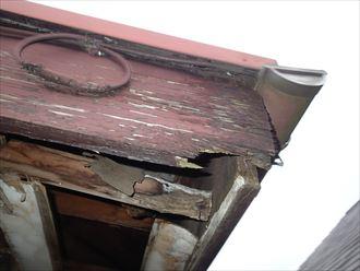 足立区 破風板の腐食