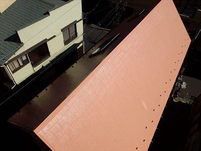 サーモアイ4F塗装後の屋根全景