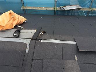 江東区でパラペットの屋根葺き替え工事、コンパネの設置