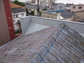 墨田区でパラペットの屋根葺き替え工事、屋根の様子