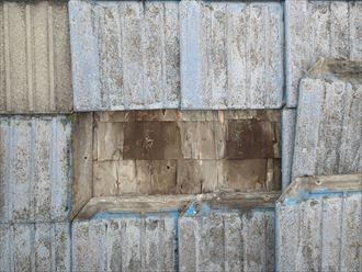 墨田区でパラペットの屋根葺き替え工事、下地の劣化
