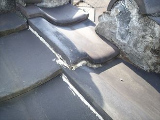 江東区で瓦屋根からコロニアルクァッドへ屋根葺き替え、、瓦屋根にラバーロック工法