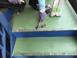 江戸川区鉄階段錆とウレタン防水005