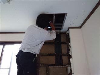 足立区ビル雨漏り原因調査001