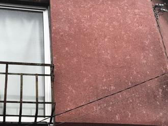 雹災害を受けたモルタル外壁