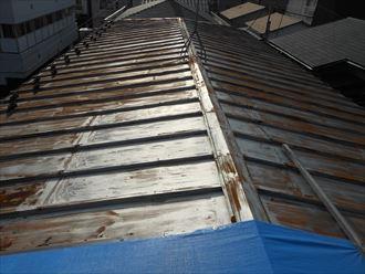 雨漏り,屋根葺き替え