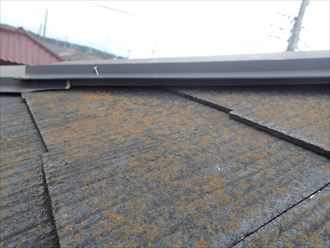 葛飾区屋根材縁切り不足