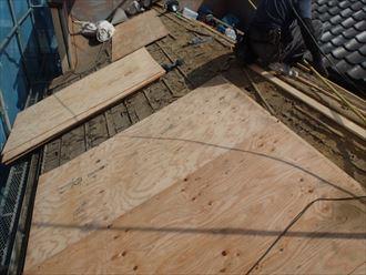 瓦から金属屋根への葺き替え工事