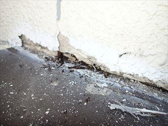 壁際の劣化