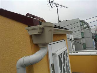 交換したトーヘン117雨樋