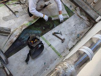 シート防水の下