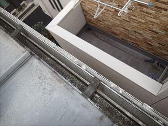 雨樋屋根から