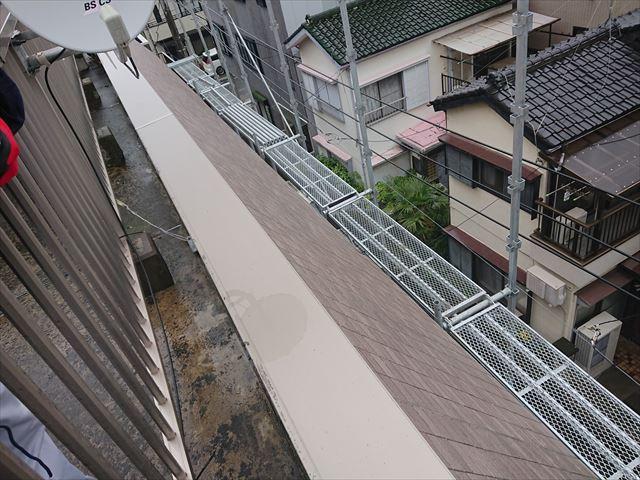 江戸川区斜壁雨漏り大001