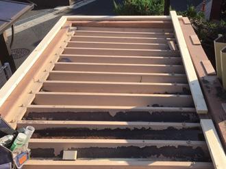 渋谷区 木材で新しい屋根の枠組みを作る