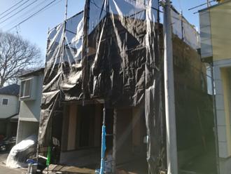 中野区 屋根塗装・外壁塗装を行う場合足場の仮設とメッシュシートを設置します