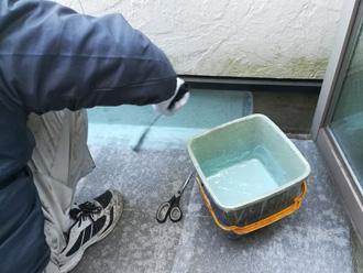 北区 バルコニーの防水工事 下塗り