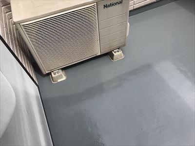 密着工法のウレタン塗膜防水工事