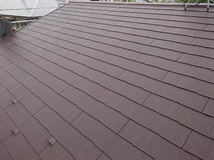 練馬区でセメント瓦の劣化から雨漏り発生、ケイミューのコロニアルクァッドへ屋根葺き替え工事