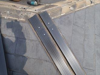 樹脂製貫板で棟板金交換工事