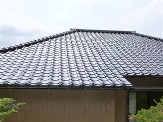 瓦への屋根葺き替え