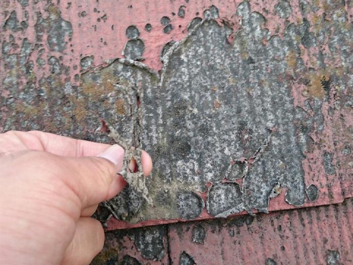 塗膜の剥がれと屋根材の寿命