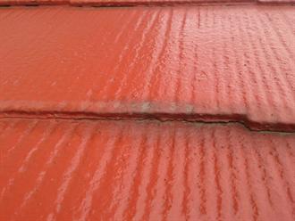 屋根材密着による毛細管現象の危険性