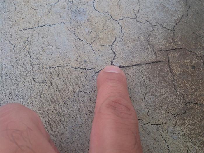 塗膜のひび割れ