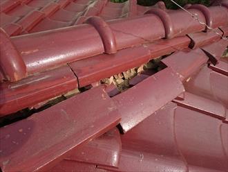 三鷹市で台風で崩れてしまった棟瓦を取り直し工事で直します