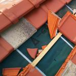 多摩市で強風による瓦破損から屋根葺き直し工事