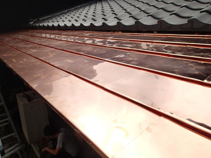 狛江市 銅葺きの庇工事完了
