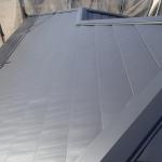 立川市で強風による瓦破損から軽量な金属屋根材への屋根葺き替え工事