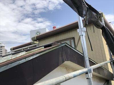 ガルバリウム鋼板で破風板金張り替え