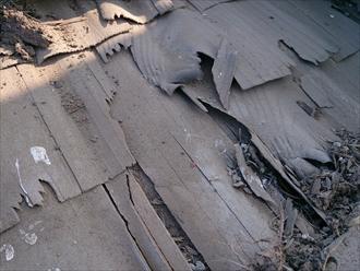 古い防水紙