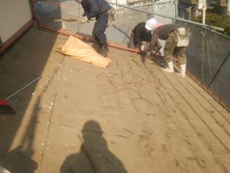 調布市調布ケ丘 屋根葺き替え 古い屋根材を撤去