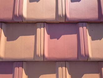 日野市にて瓦屋根への雪止め金具とゆきもちくん設置の取付方法をご紹介