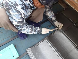 屋根葺き替え工事 屋根葺き替え工事でルーガを設置