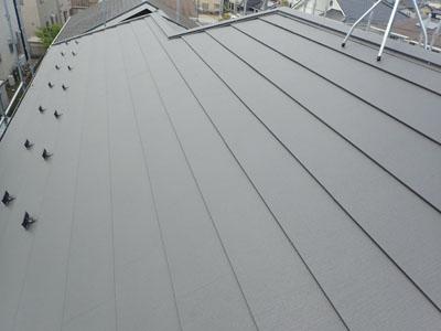 SGL、スーパーガルテクトへ葺きかえられた屋根