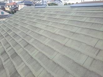 スレート葺きの屋根は劣化しています