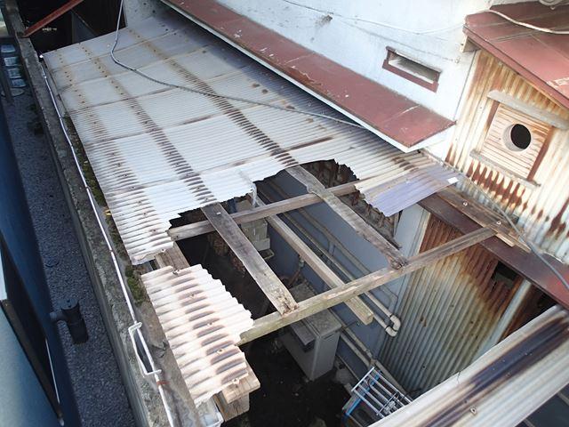 台風で破損