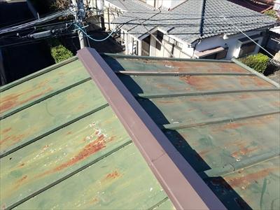 ガルバリウム鋼板で棟板金交換工事