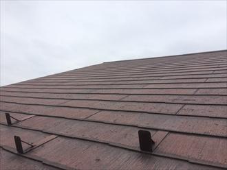 1度塗装したスレート屋根の傷み具合